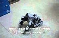 Namaz Kılan Robot !